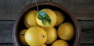 limoni farciti mozzarella e pomodorini